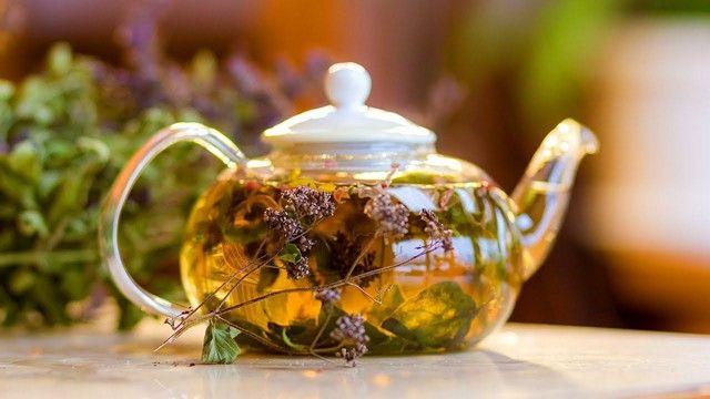 Зеленый и травяной чай
